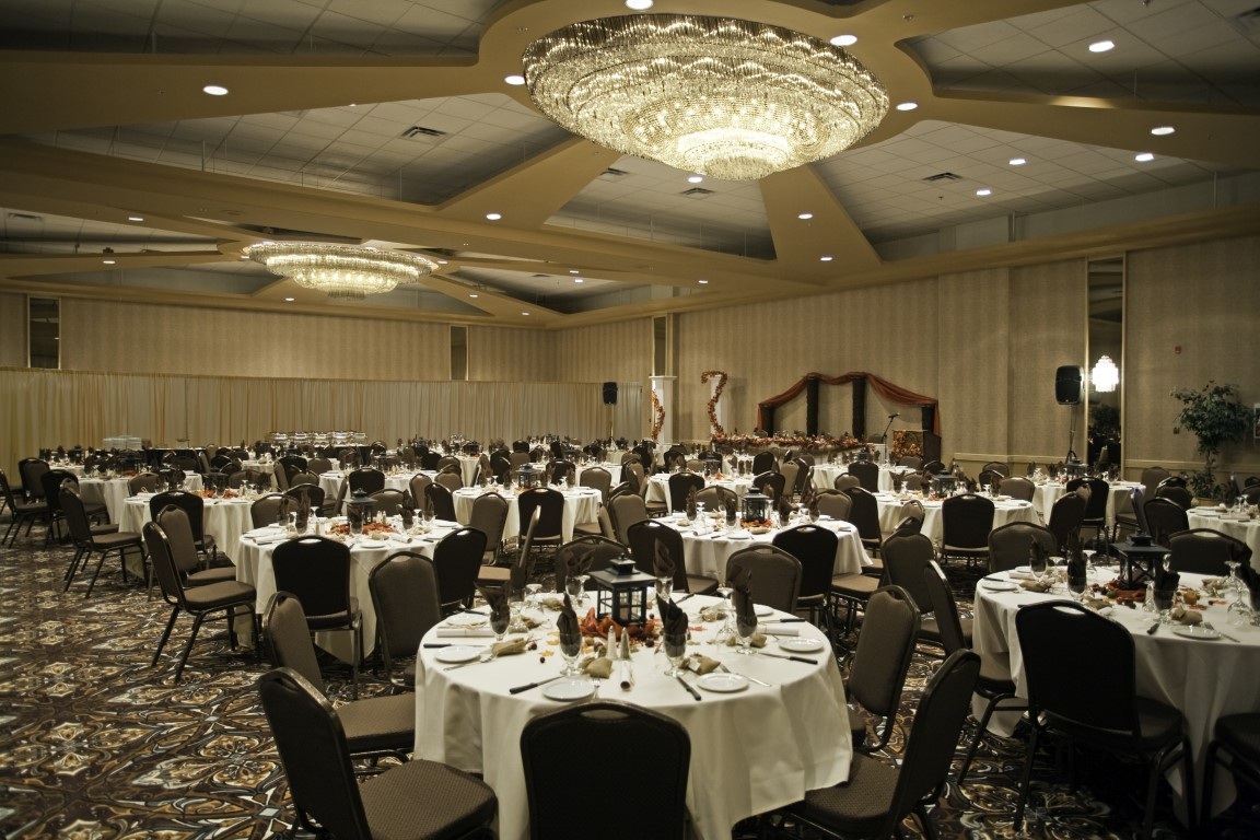 Grand Ballroom (Medium)
