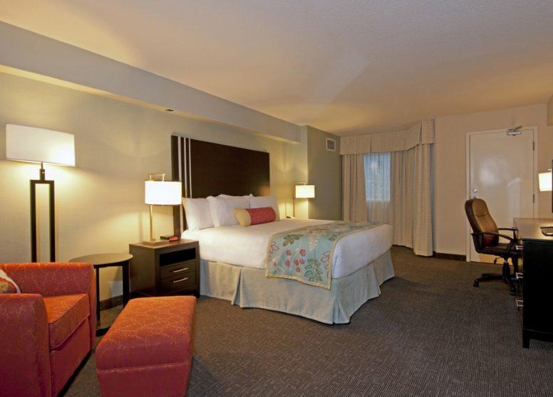 Coast Kamloops Hotel10 (2)