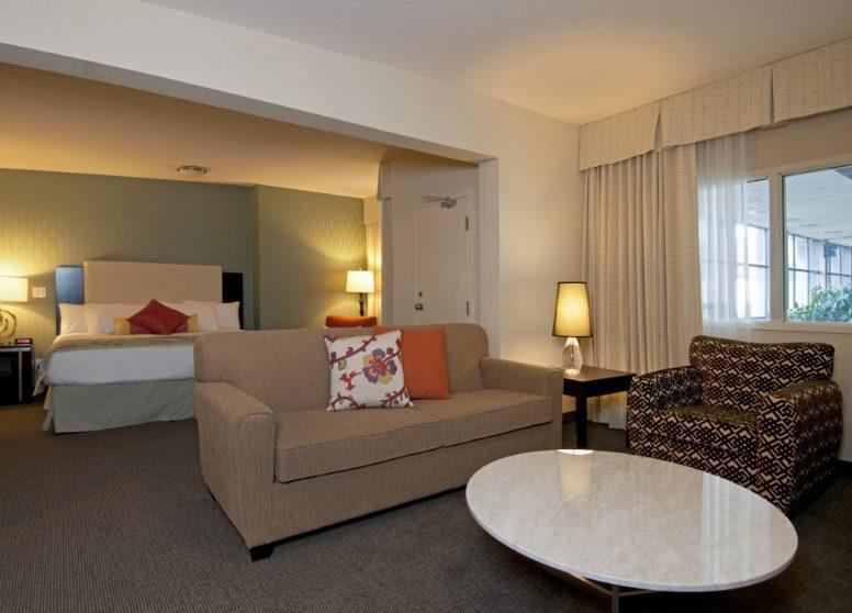 Coast Kamloops Hotel8 (1)