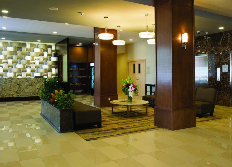 KAMLO_DSC_2163 lobby.jpg