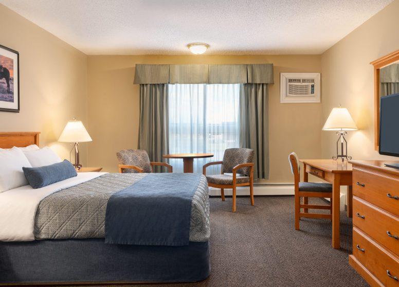 Travelodge Edson - 1 Q Bed - 1450263